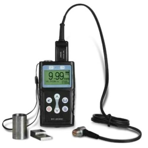 Ultrahangos, digitális vastagságmérő, memóriával és USB adatkimenettel