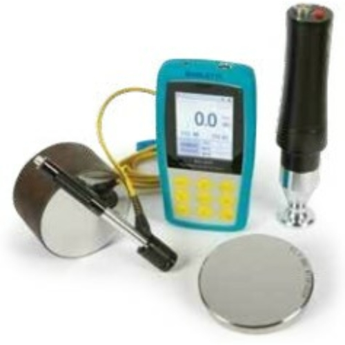 Hordozható digitális keménységmérő, ultrahang és LEEB elvű, motoros